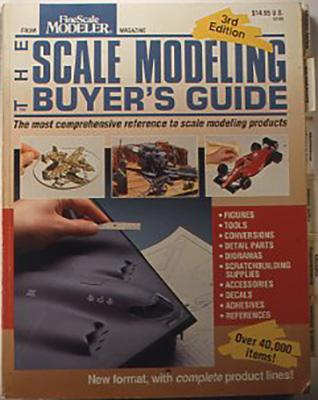 『Scale modeling buyer's guide』 Kalmbach publishing co., USA 1993 コンバージョンキット、スクラッチ&ビルドの材料、ペーパーモデルと本、塗料、工具、ジオラマ材料、デカールなどカテゴライズされて、アメリカ国内のいろいろな店や会社を検索できる。図や写真も多数。