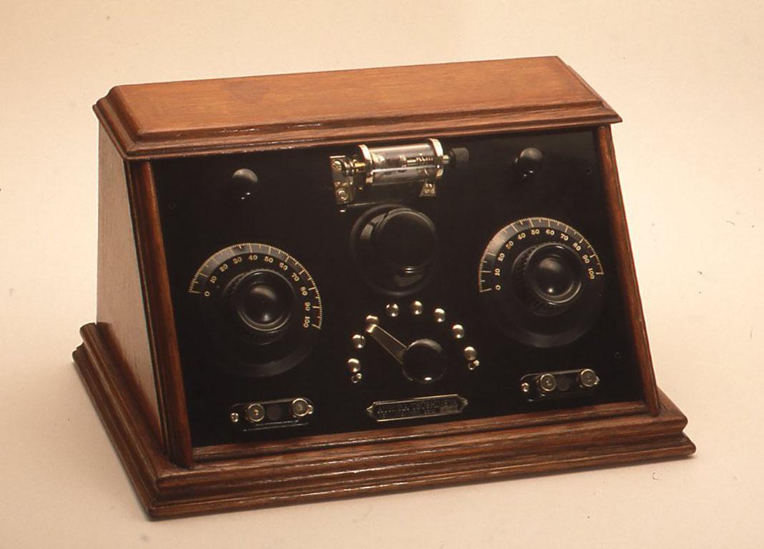 小林健二著「ぼくらの鉱石ラジオ」で作例として紹介された鉱石ラジオ [誘導結合回路鉱石受信機]