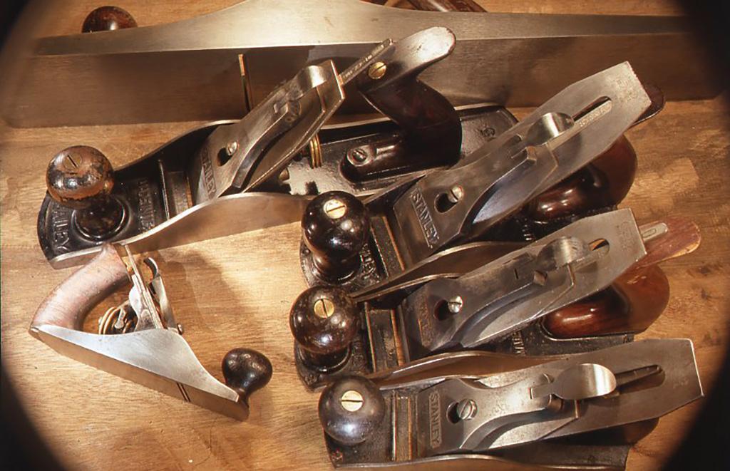 普段木工手道具の中で最も使用しているスタンレーの鉋。No.1の小さなものからNo.7の大きなものまで写っている。