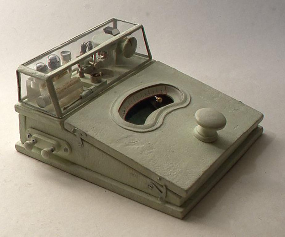 超小型実験室型鉱石受信機 W195XD202×H98(mm)