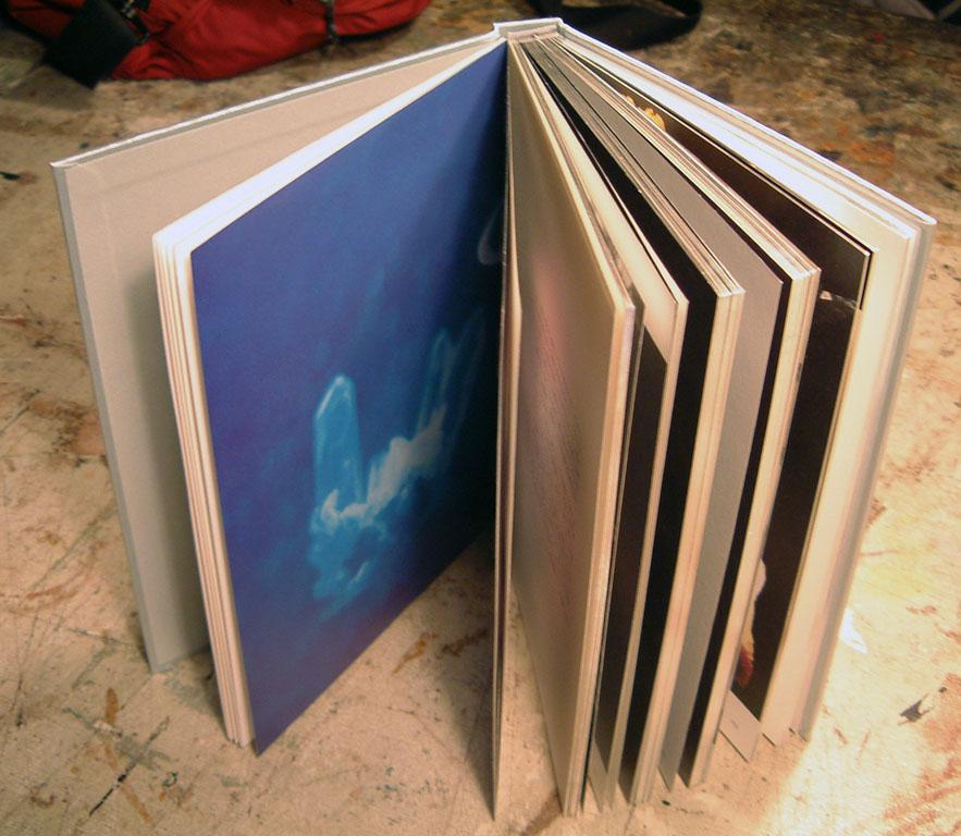 小林健二作品集「プロキシマ」 とても美しい本です。