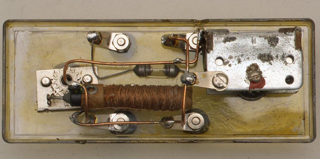 ミュー同調器とヴァリコンを使ったゲルマラジオの裏