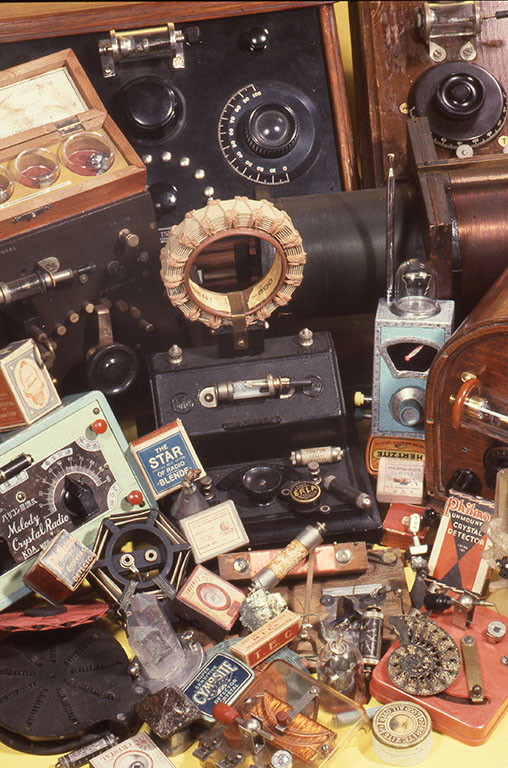 小林健二製作の鉱石ラジオやゲルマジオ、鉱石ラジオキットや代表的なコレクションなど。